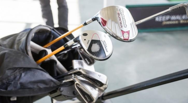 Клюшки для гольфа. Фото Владимир Мальцев