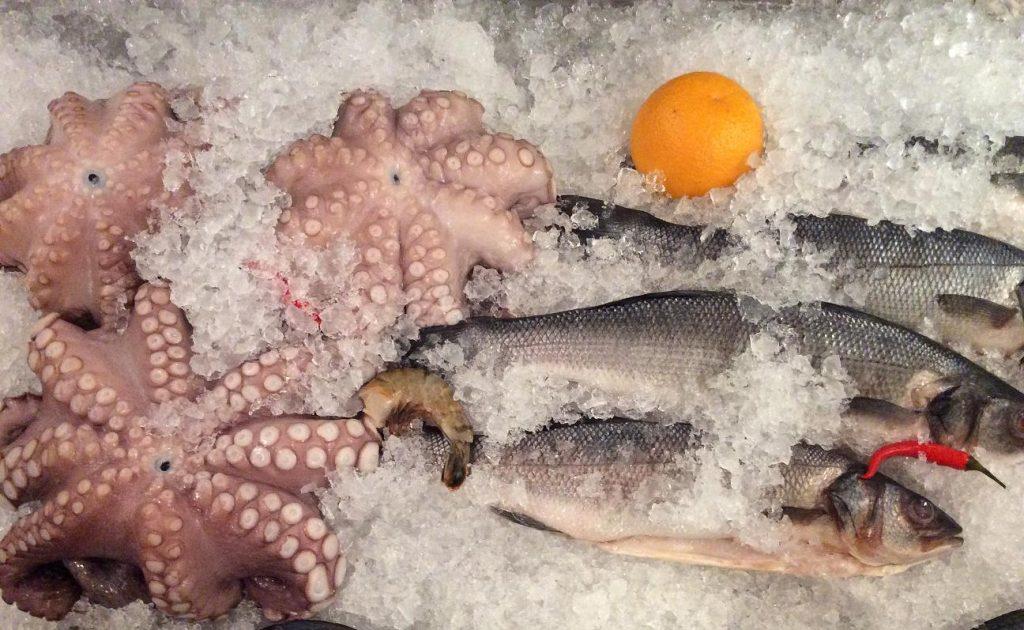 Mercato Italiano - итальянский вечер в центре Киева: морепродукты